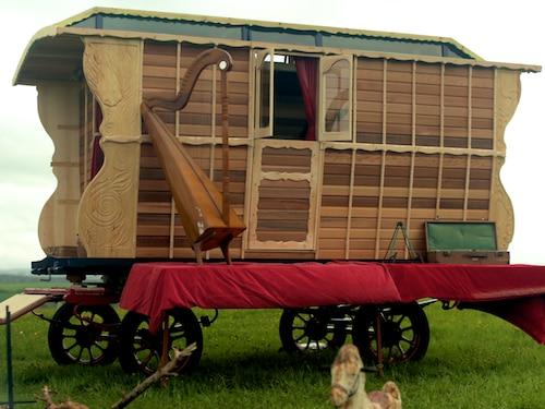 Horse Drawn Caravan on George Clarke's Amazing Spaces