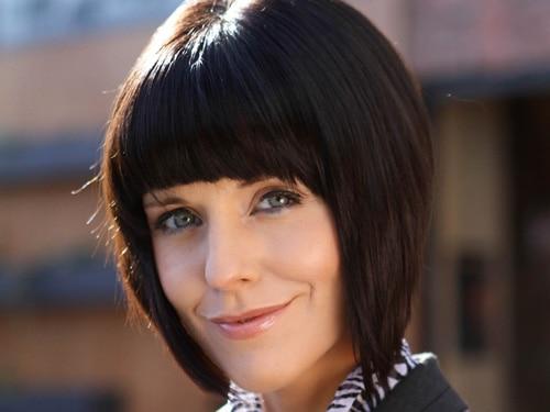 Cindy Cunningham (Steph Waring)