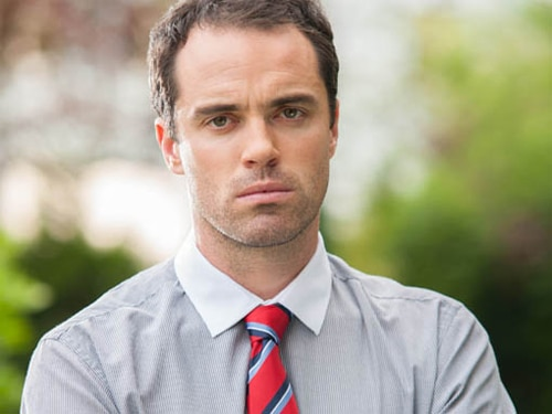 Dr. Paul Browning (Joseph Thompson)