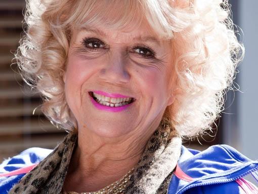 Nana McQueen (Diane Langton)