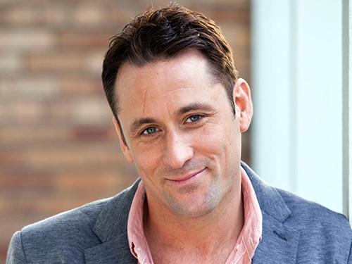 Tony Hutchinson (Nick Pickard)