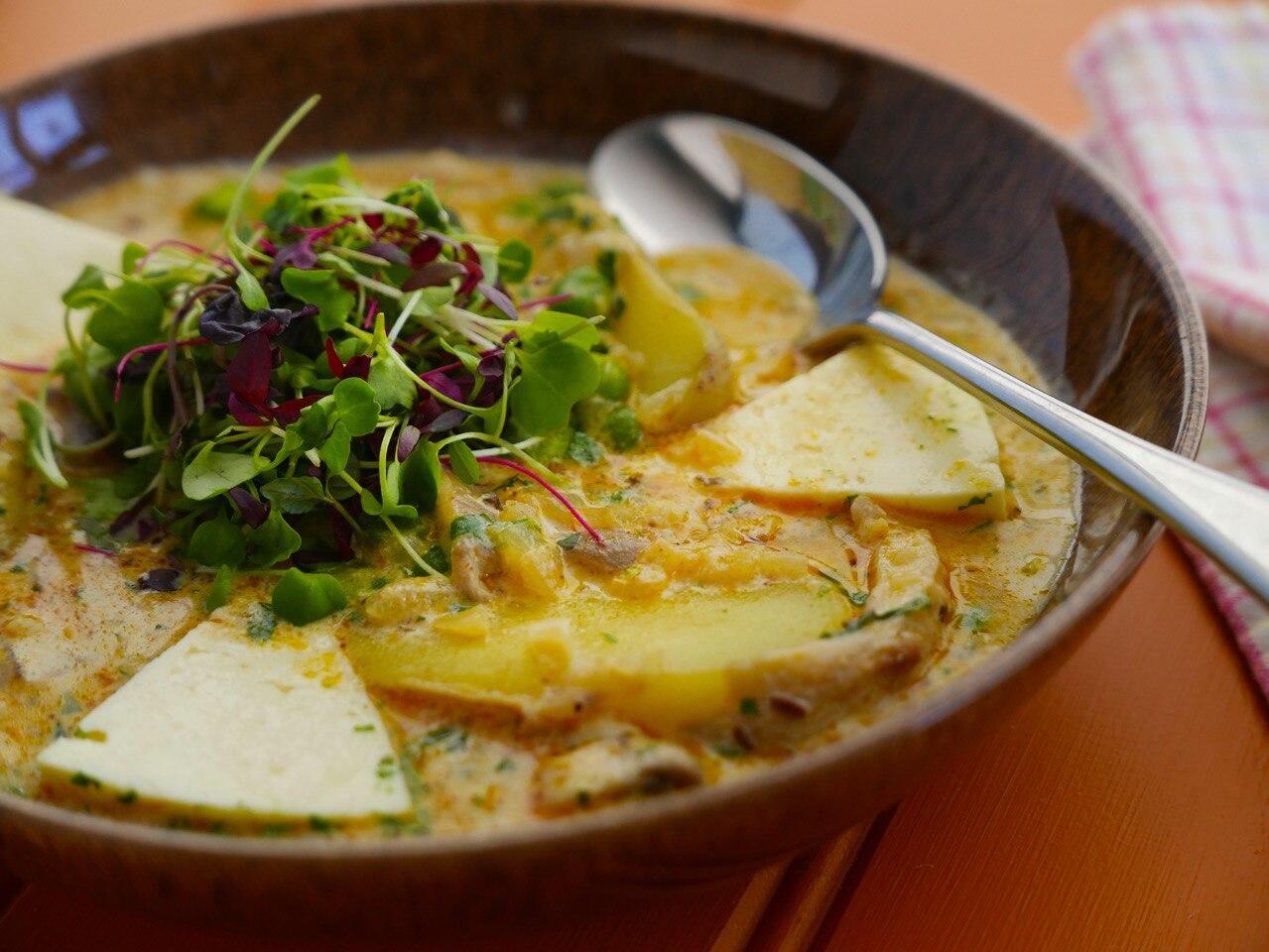 Kapchi de Setas - Peruvian Mushroom and Broad Bean Soup