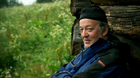 Bear's Wild Weekend with Stephen Fry - Clip 1