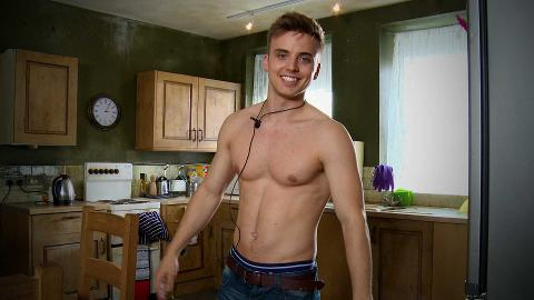 #HollyoaksAAA With Parry Glasspool