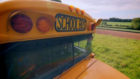 S5-Ep8: Old School