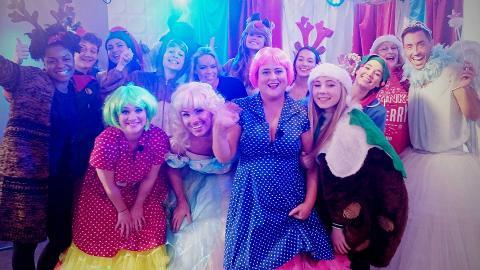 #Hollyoaksmas 2015 Live Replay