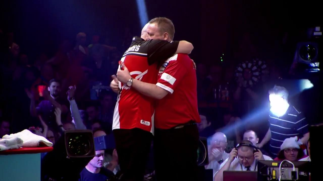 Glen Durrant through to face Danny Noppert in the final