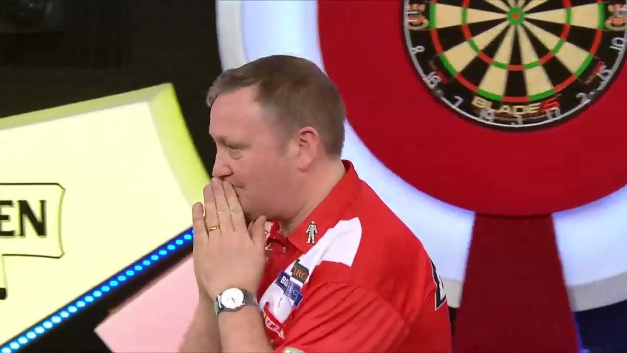 Glen Durrant becomes two-time world champion