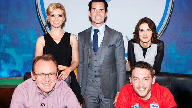 Jimmy Carr hosts proceedings as the 8 Out of 10 Cats crew take over the words and numbers quiz
