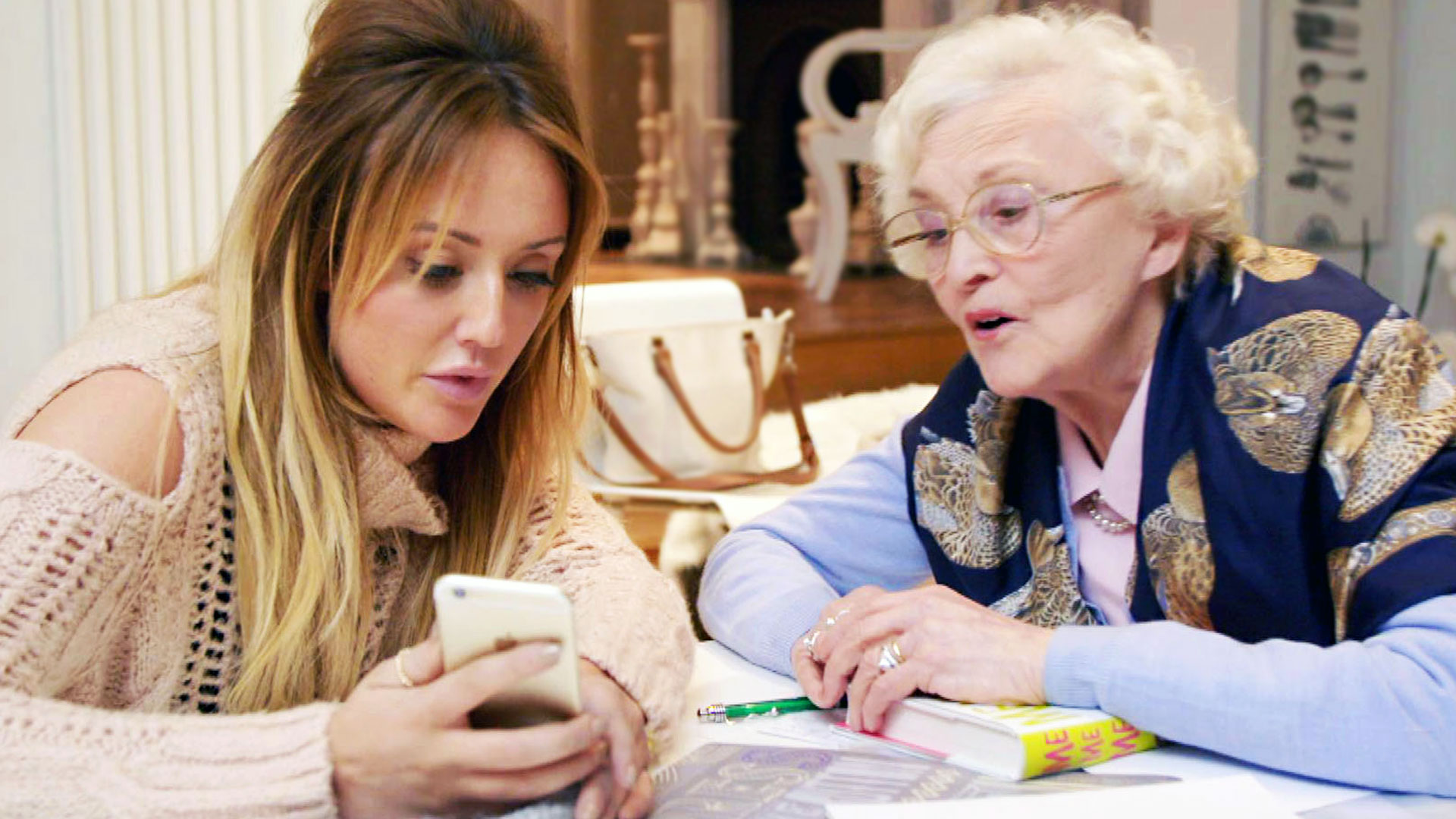 A Granny's Guide to the Modern World: Series 1 Episode 3