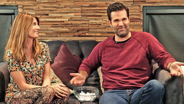 EXTRA: Sharon and Rob Answer Your Tweets