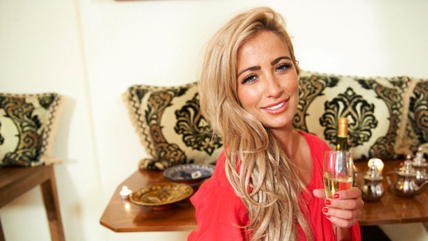 Episode 147 - Celebrity Come Dine with Me - Chantelle Houghton