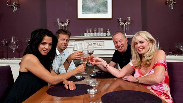 Episode 1 - Celebrity Come Dine with Me