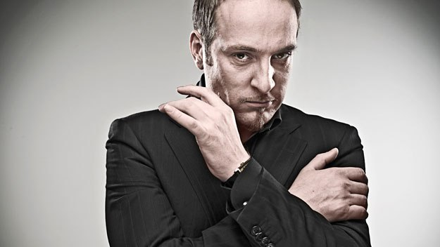 In 2009, Derren produced four highly complex shows of 'misdirection'. Each event has its own theme, but Derren's aim is always the same:  to confuse, to confound and, of course, to control.