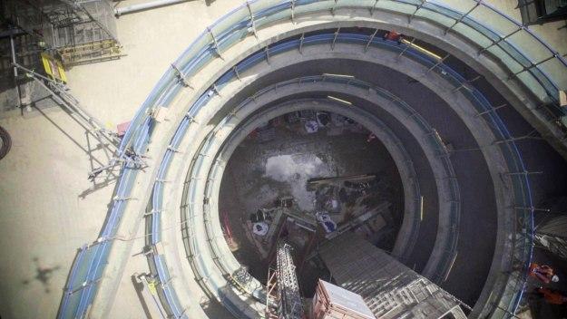 Sneaky Peek into the Crossrail Tunnel