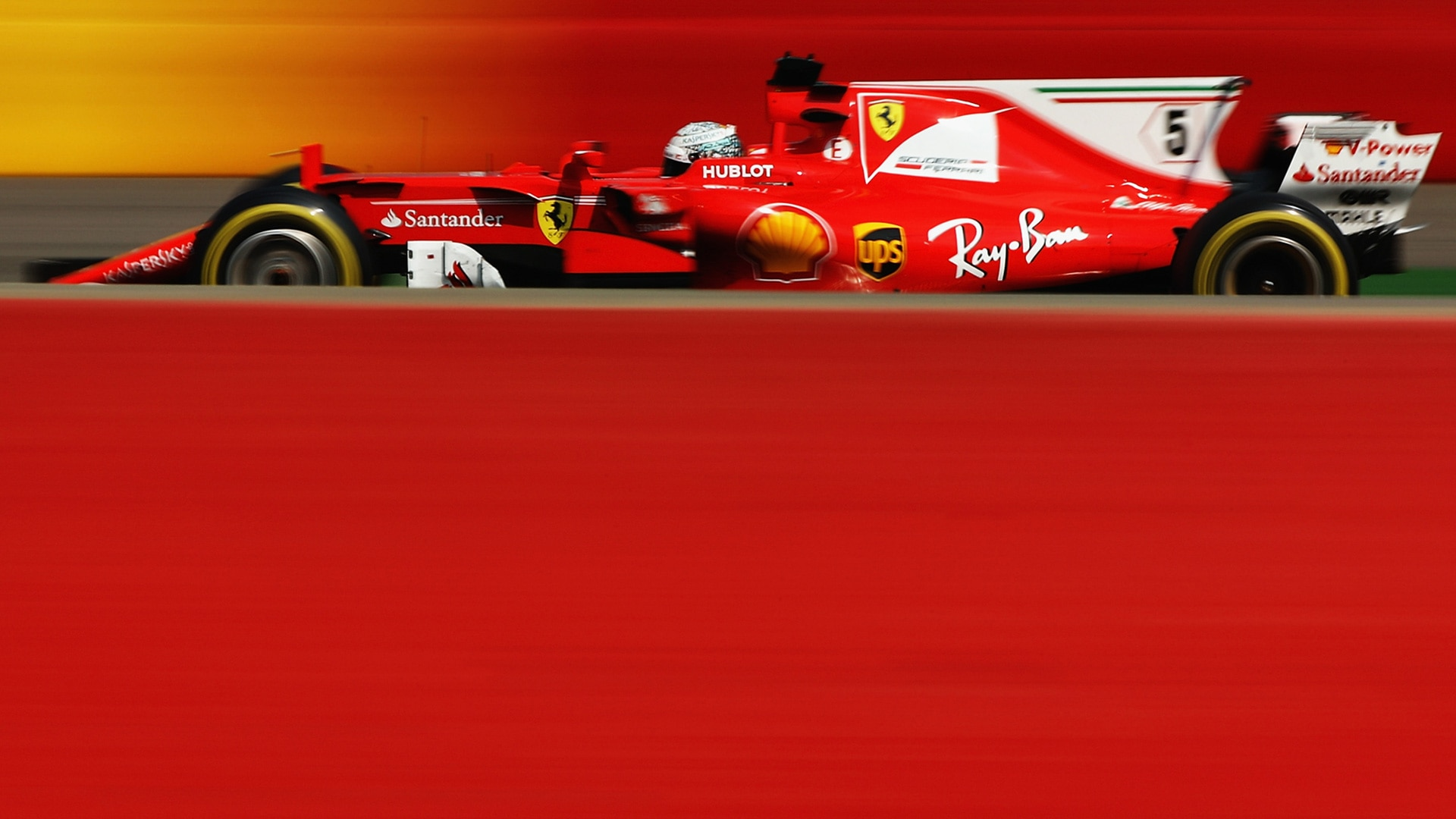 High Quality F1 Photos