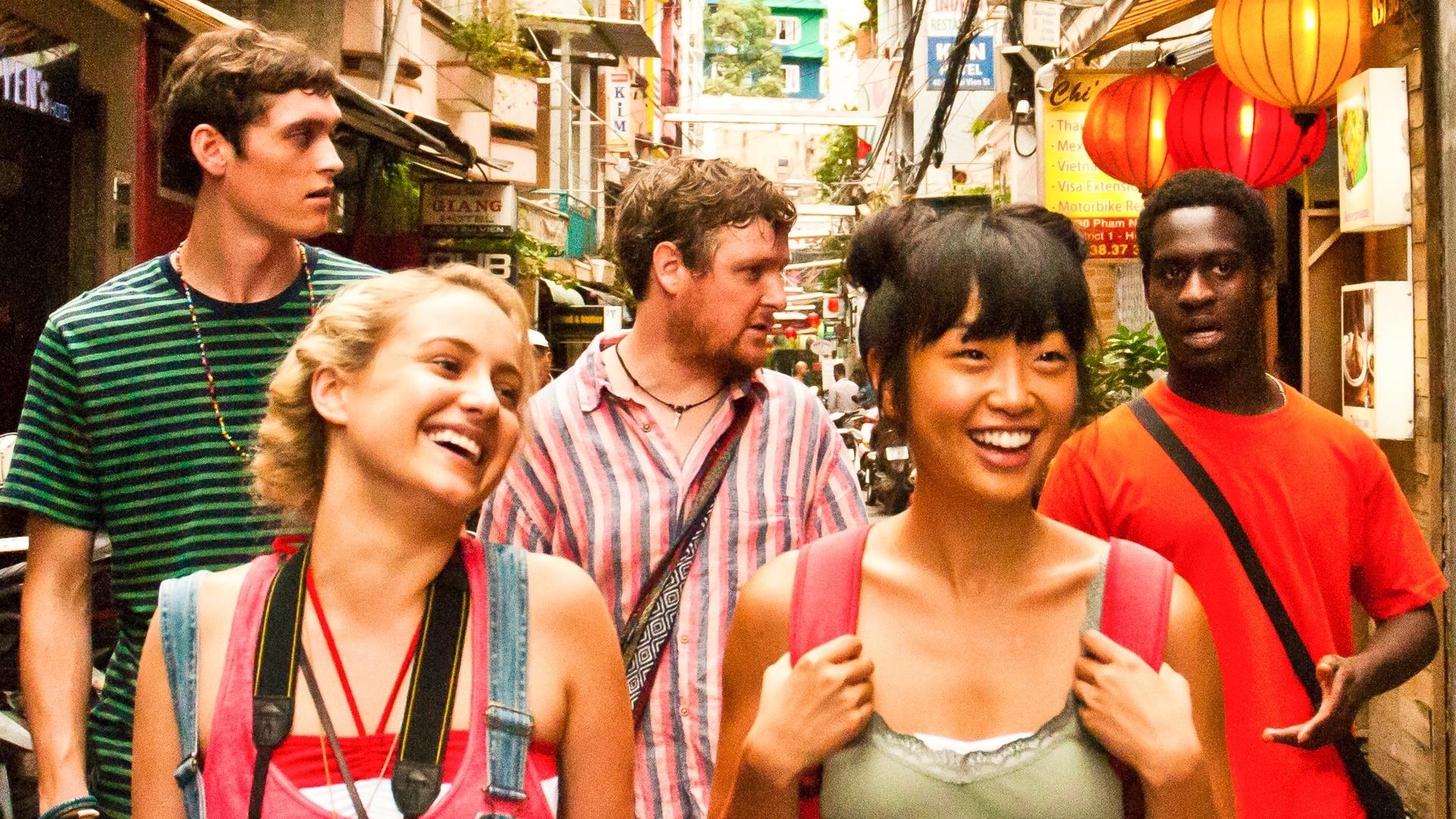 the gap year Gap year意为间隔年、空档年,是西方社会通过近代世界青年旅行方式变迁总结出来的概念。大概意思是西方国家的青年在升学或者毕业之后工作之前(近几年越来.