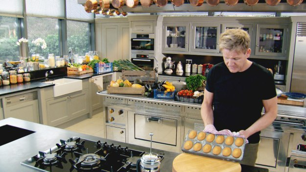 the gallery for gt gordon ramsay house kitchen