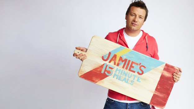 Jamie Oliver shows how to cook a meal in just 15 minutes