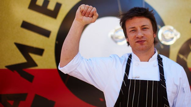 Jamie Oliver returns to the US to take his food revolution to Los Angeles
