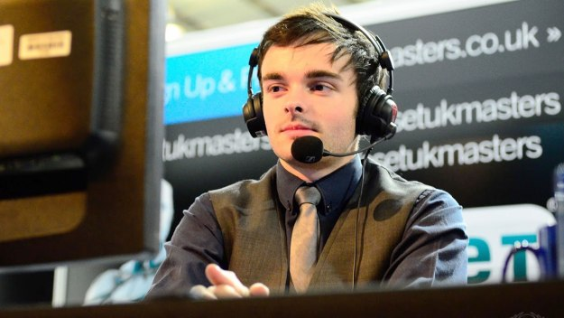 The eSports Commentator