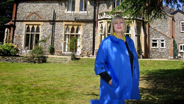 This autumn award-winning hotelier Ruth Watson tackles fledgling hotels and B&Bs across the UK with the help of some of the best in the business