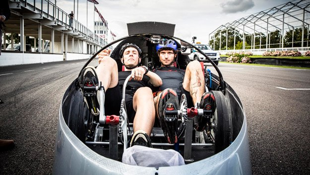 Motorcycle racer and mechanic Guy Martin undertakes a series of speed-based challenges, exploring the boundaries of physics and learning about the science of speed