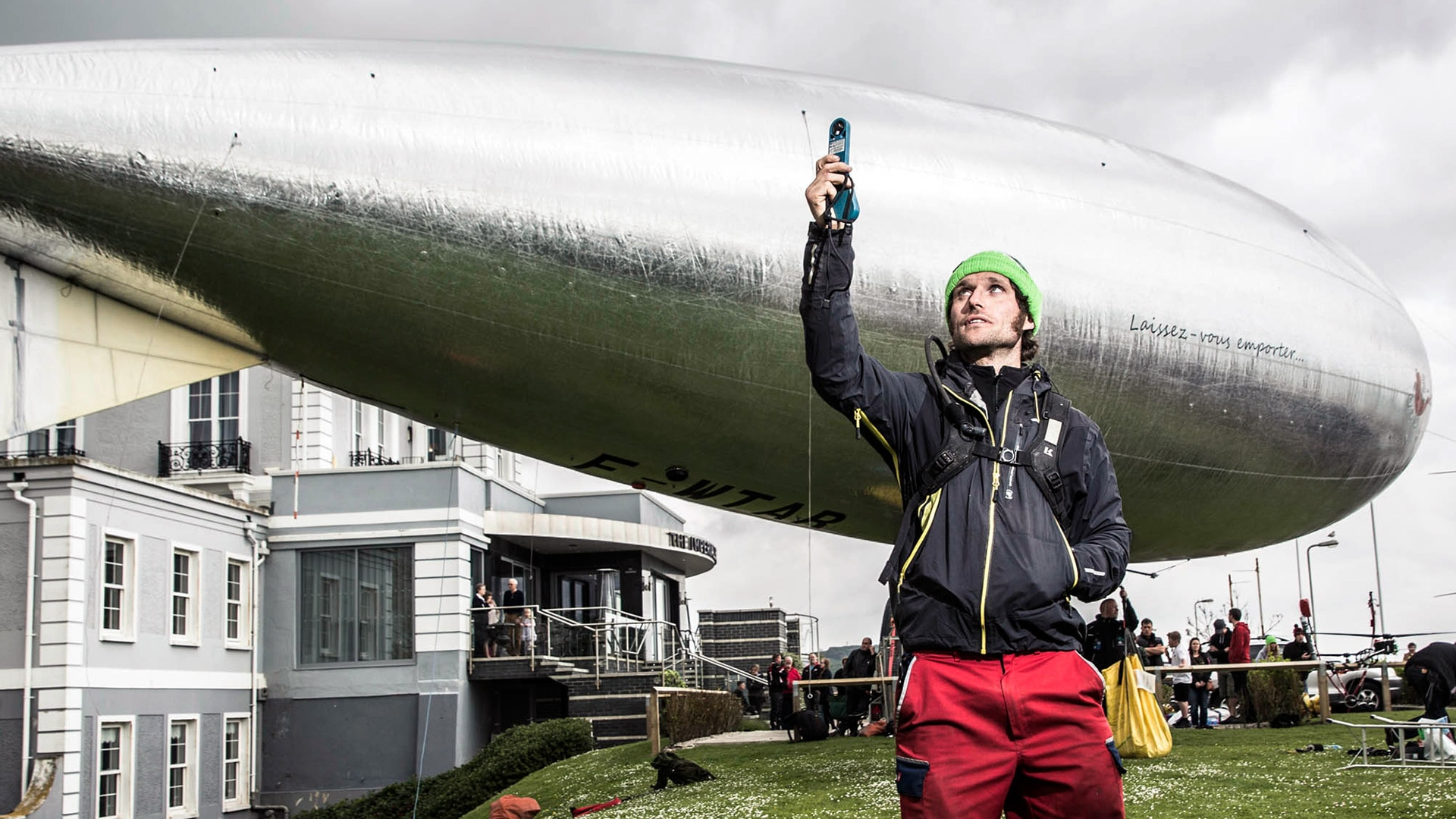Series 3 Episode 2: Pedal-Powered Airship