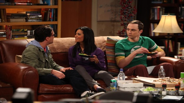 The Big Theory: The gang on their sofa