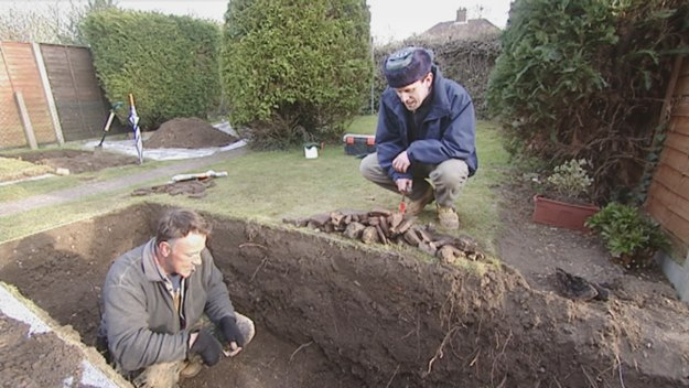 Episode 12 - Back-Garden Archaeology Revisiting a Roman Villa, Ipswich