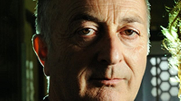 Episode 1 - Tony Robinson and the Blitz Witch
