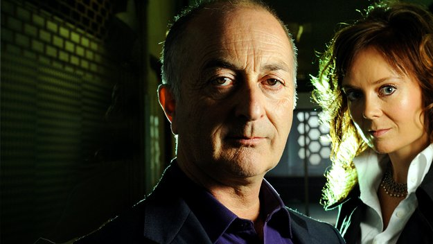 Tony Robinson and science journalist Becky McCall step into the unknown to investigate whether past paranormal events should be taken seriously or dumped into history's rubbish bin