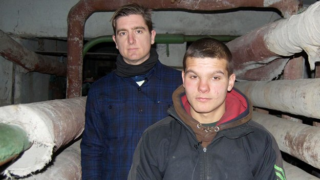 Ukraine: The Teenagers Who Live Underground