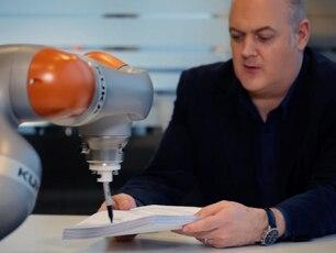 KUKA LBR iiwa Robot Arm