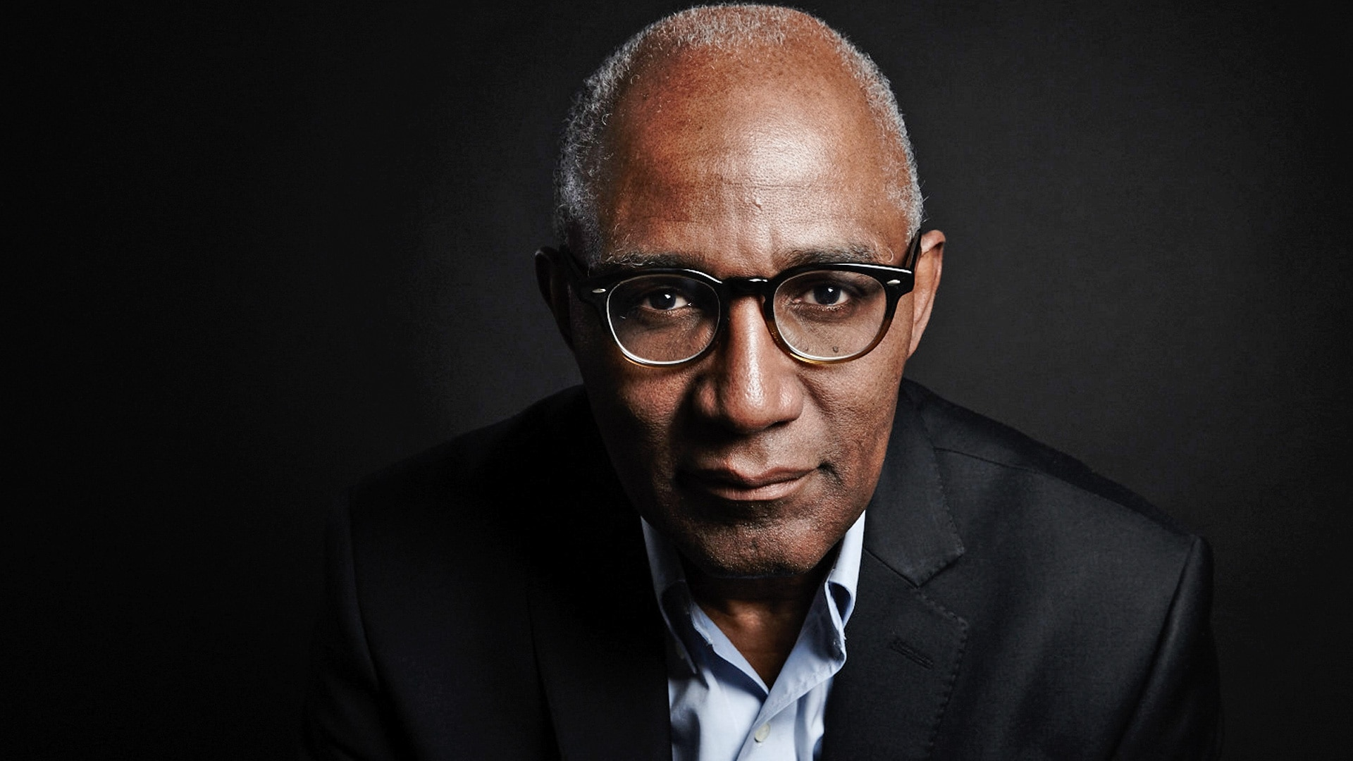 Trevor Phillips staring at the camera