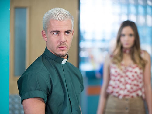 Hollyoaks - Articles - #FriYAY: An Interview with Jamie Lomas