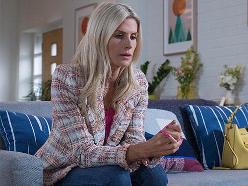 #FriYAY: An Interview with Sarah Jayne Dunn (Mandy Richardson)
