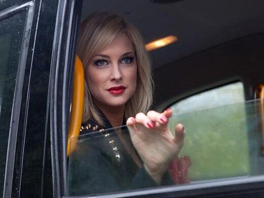 Clare Devine (Gemma Bissix)