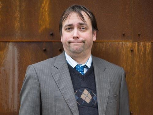 Jim McGinn (Dan Tetsell)