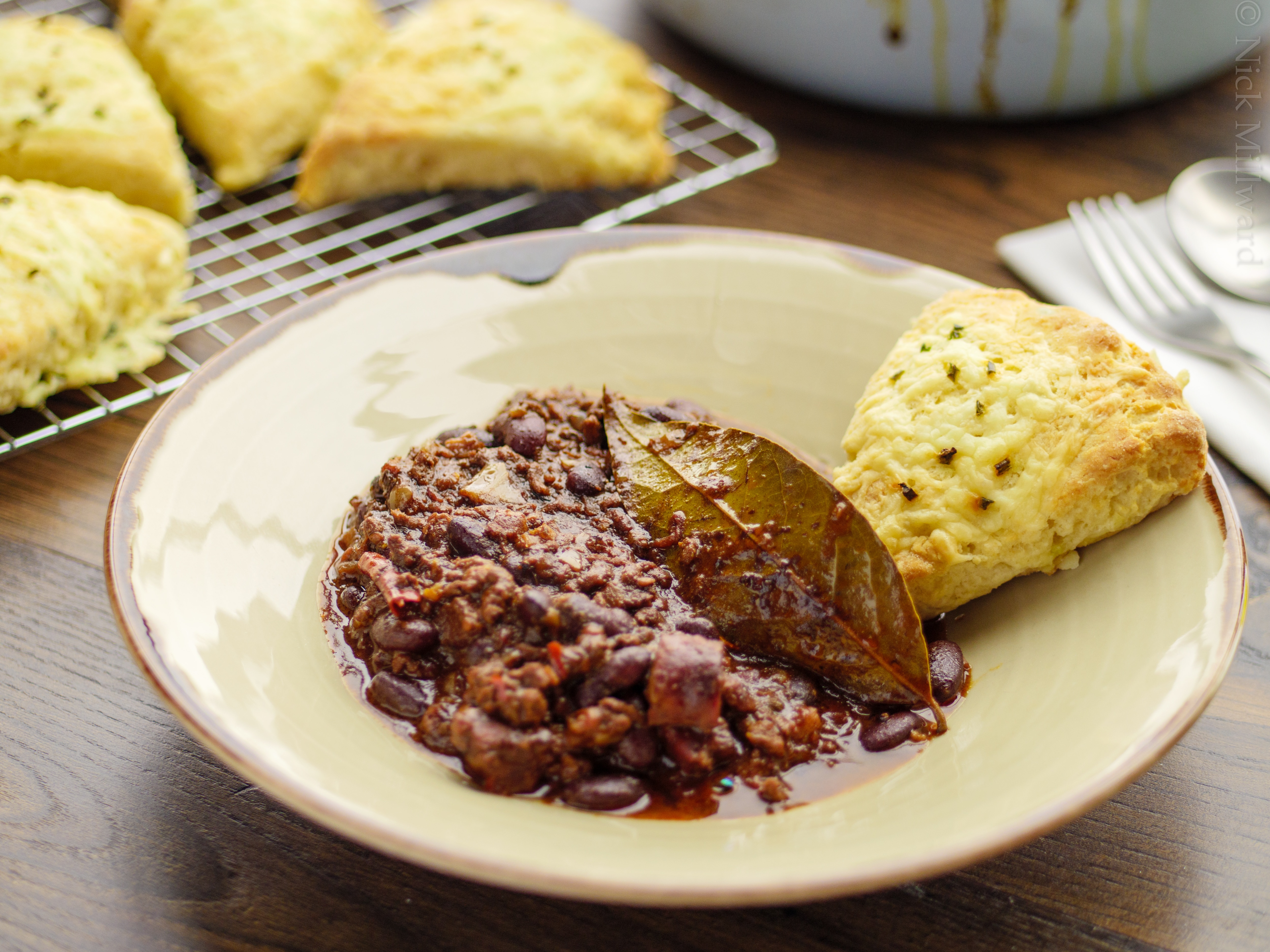 Chocolate Beef Chilli with Jalapeño & Cheese Scones