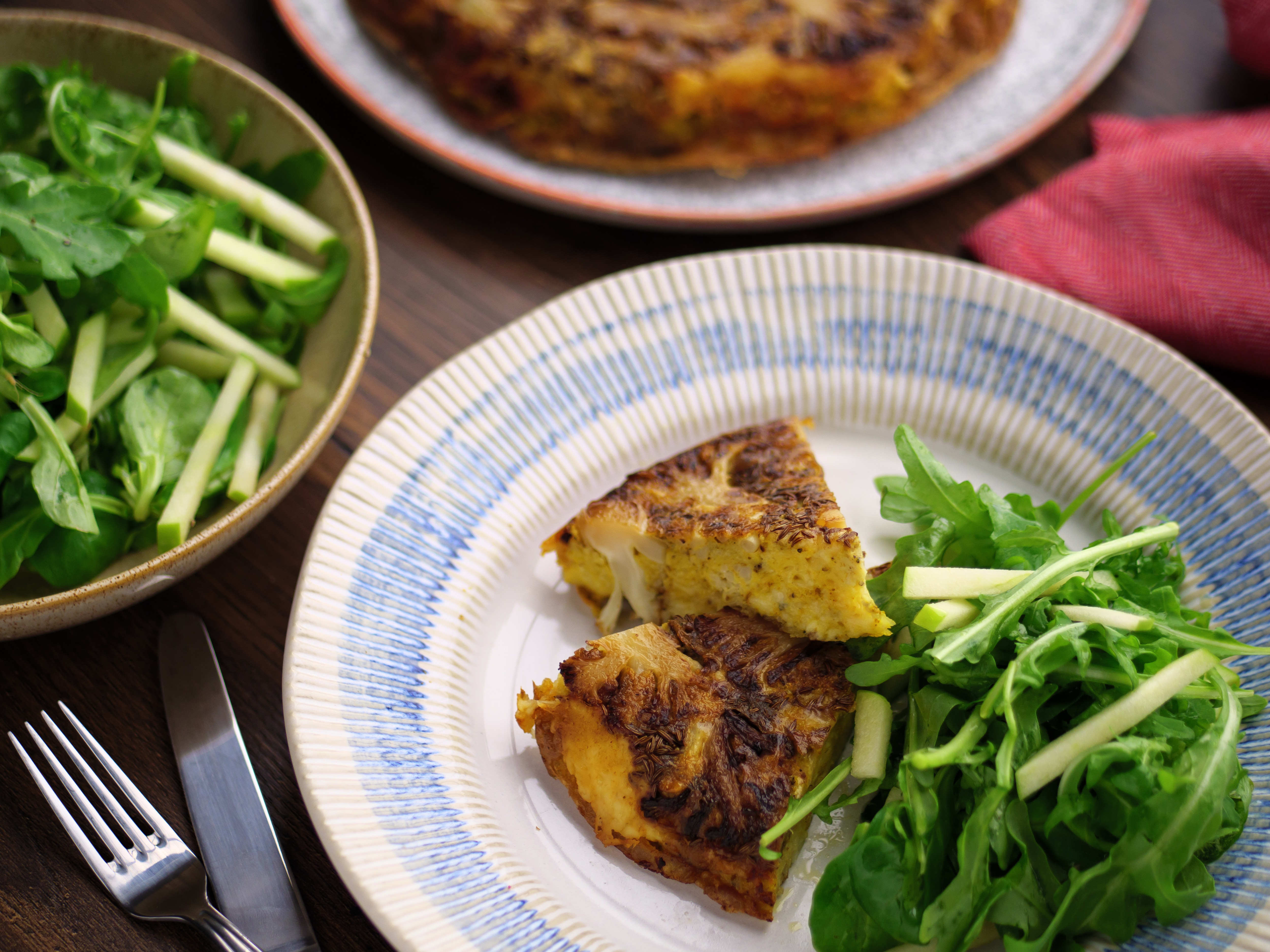 Roasted Cauliflower & Cheese Omlette With Apple Salad
