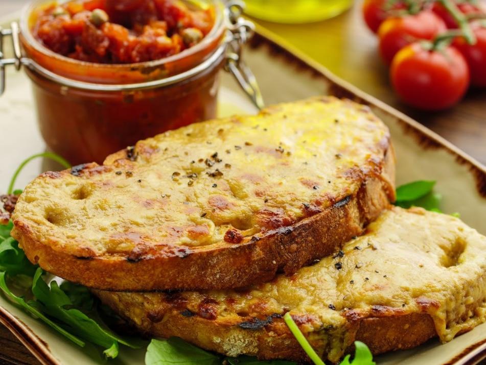 Stout Rarebit with Tomato Chutney