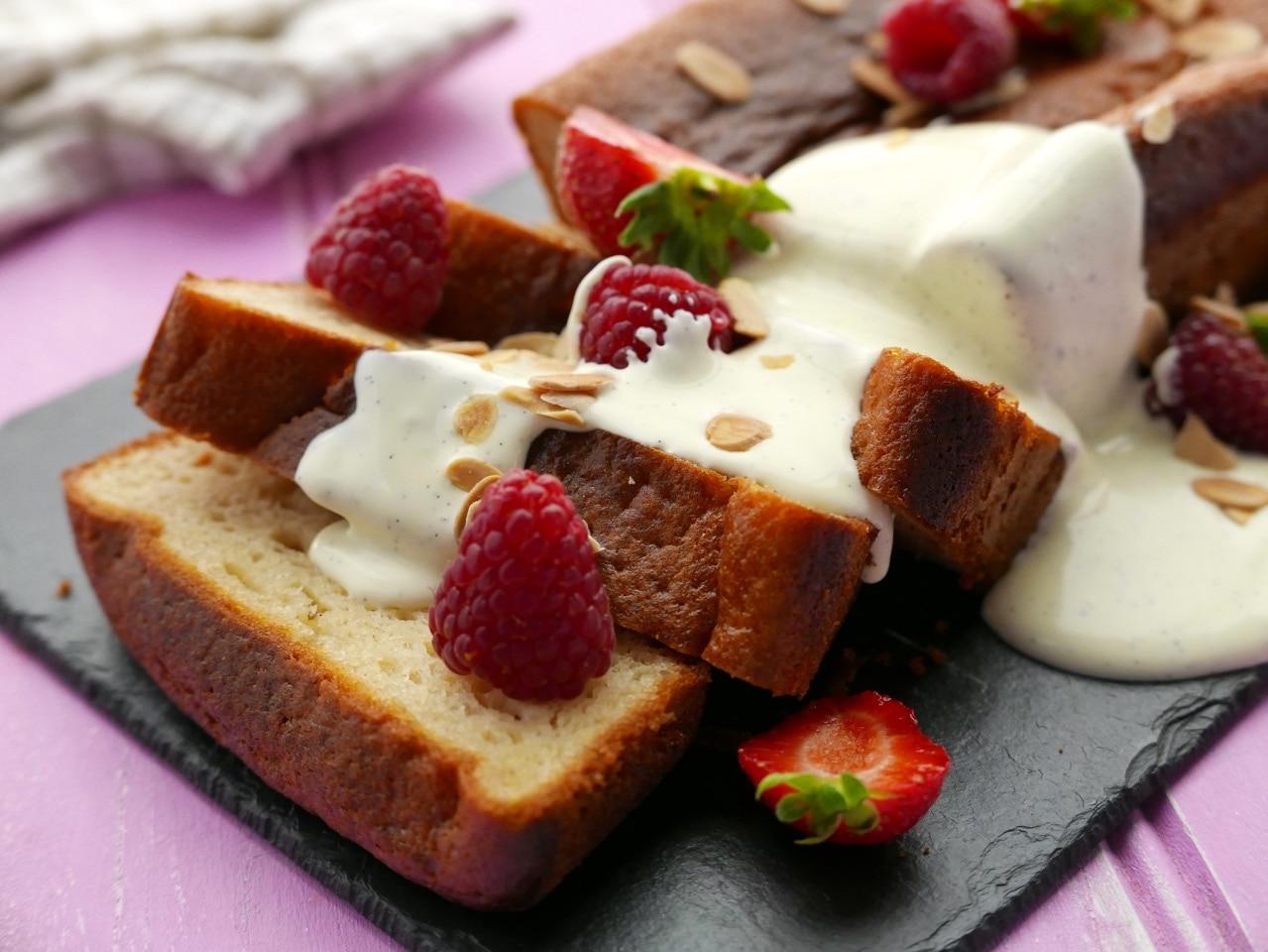 Maple & Yoghurt Cake