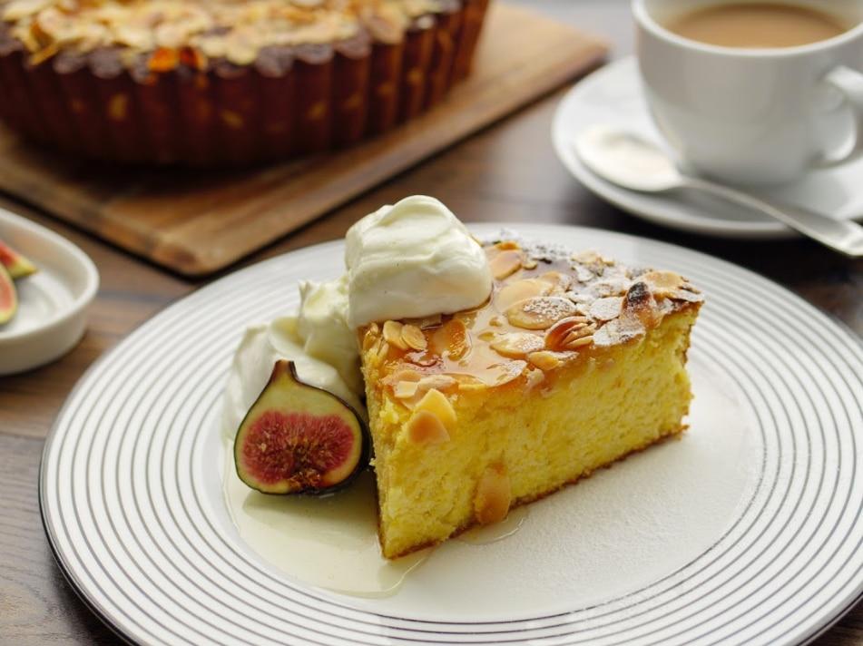 Lemon, Ricotta and Polenta Cake