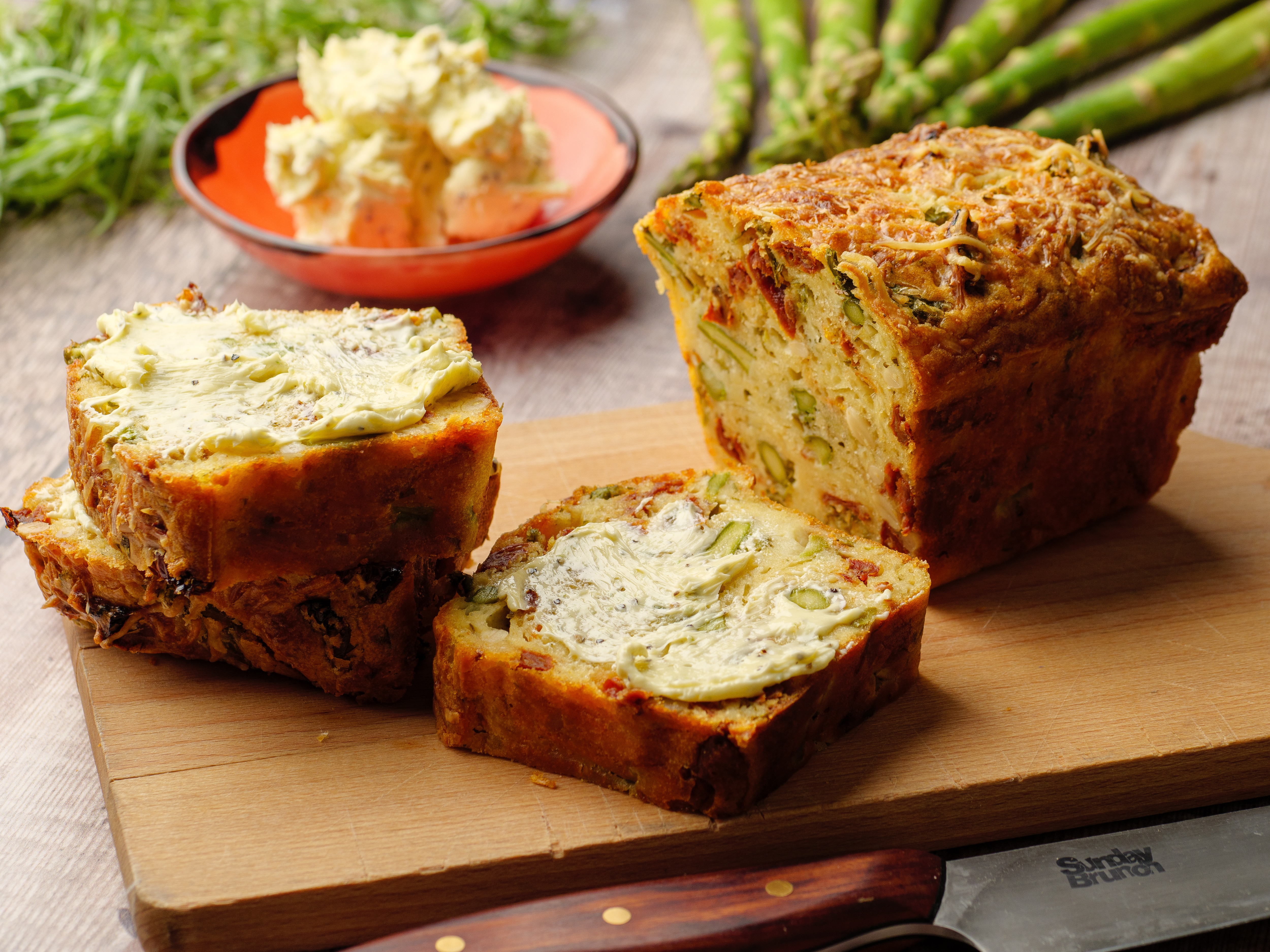 Asparagus, Tomato & Gruyere Loaf
