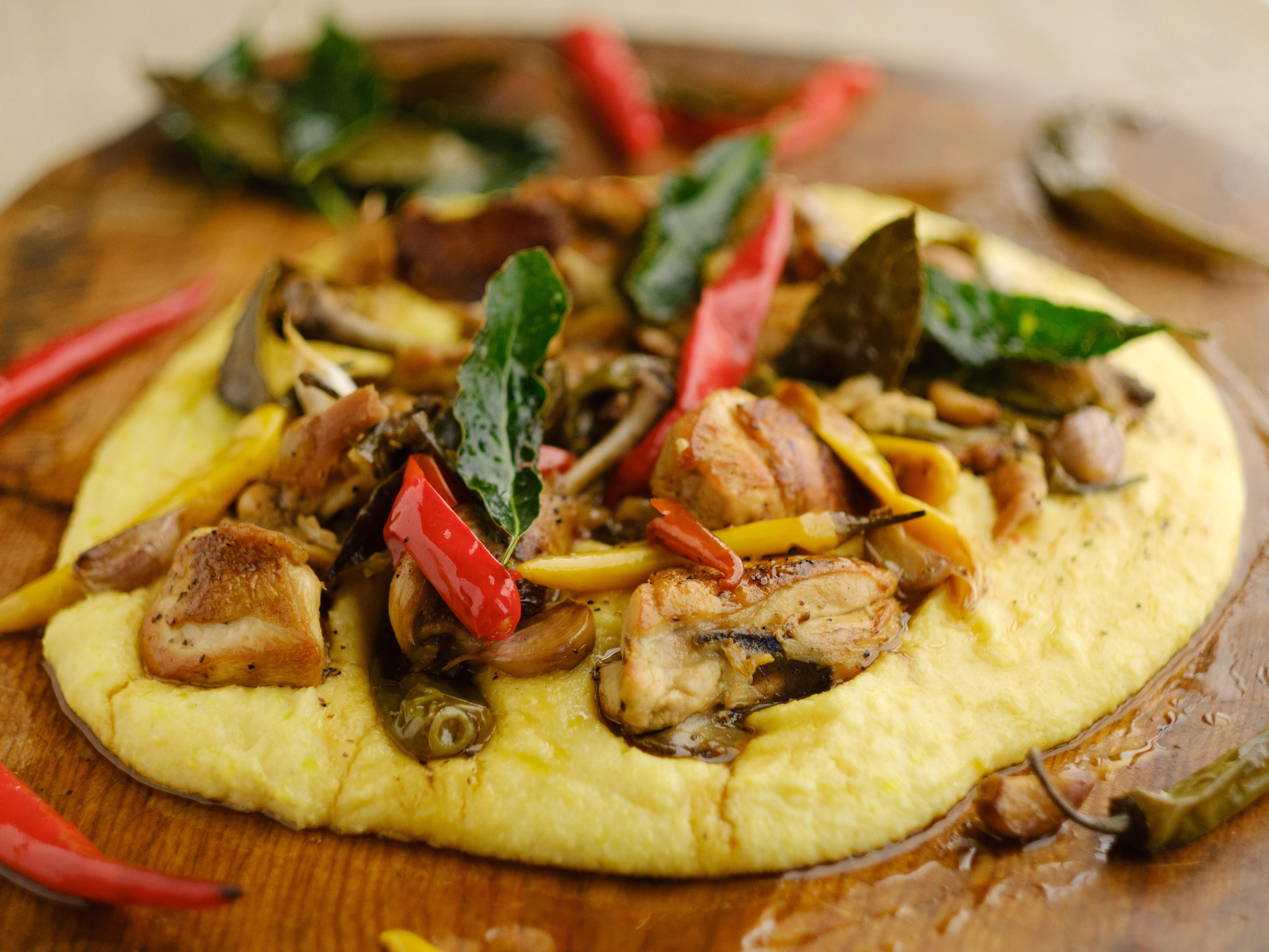 Chicken With Garlic, Chillies And Vinegar