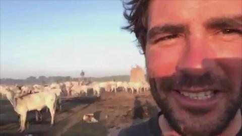 Walking the Nile: Living with the Mundari