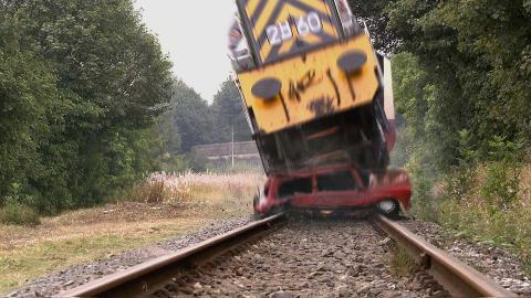 #HollyoaksEndOfTheLine: Train Crash & Explosion Scenes