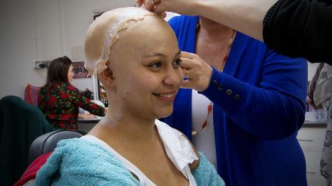 Hollyoaks Stands Up To Cancer: Jade's Bald Cap