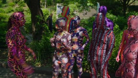 S1-Ep1: Colourful Lycra